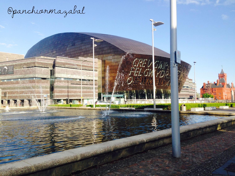 Millenium Center Cardiff Gales UK Blog de viajes