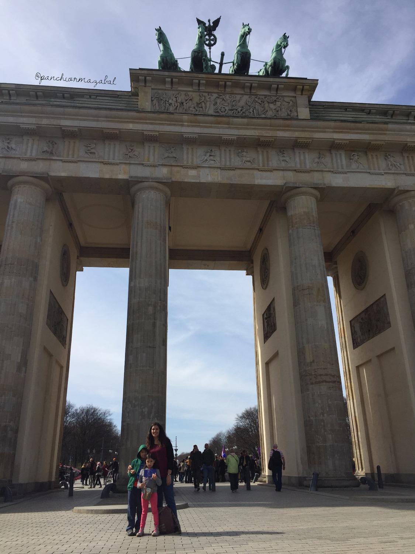 Puerta de Brandemburgo, Berlín | Mi blog de aventuras | 2017