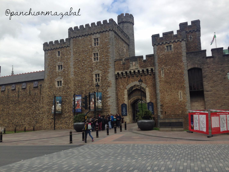 Castillo de Cardiff Cardiff Gales UK Blog de Viajes