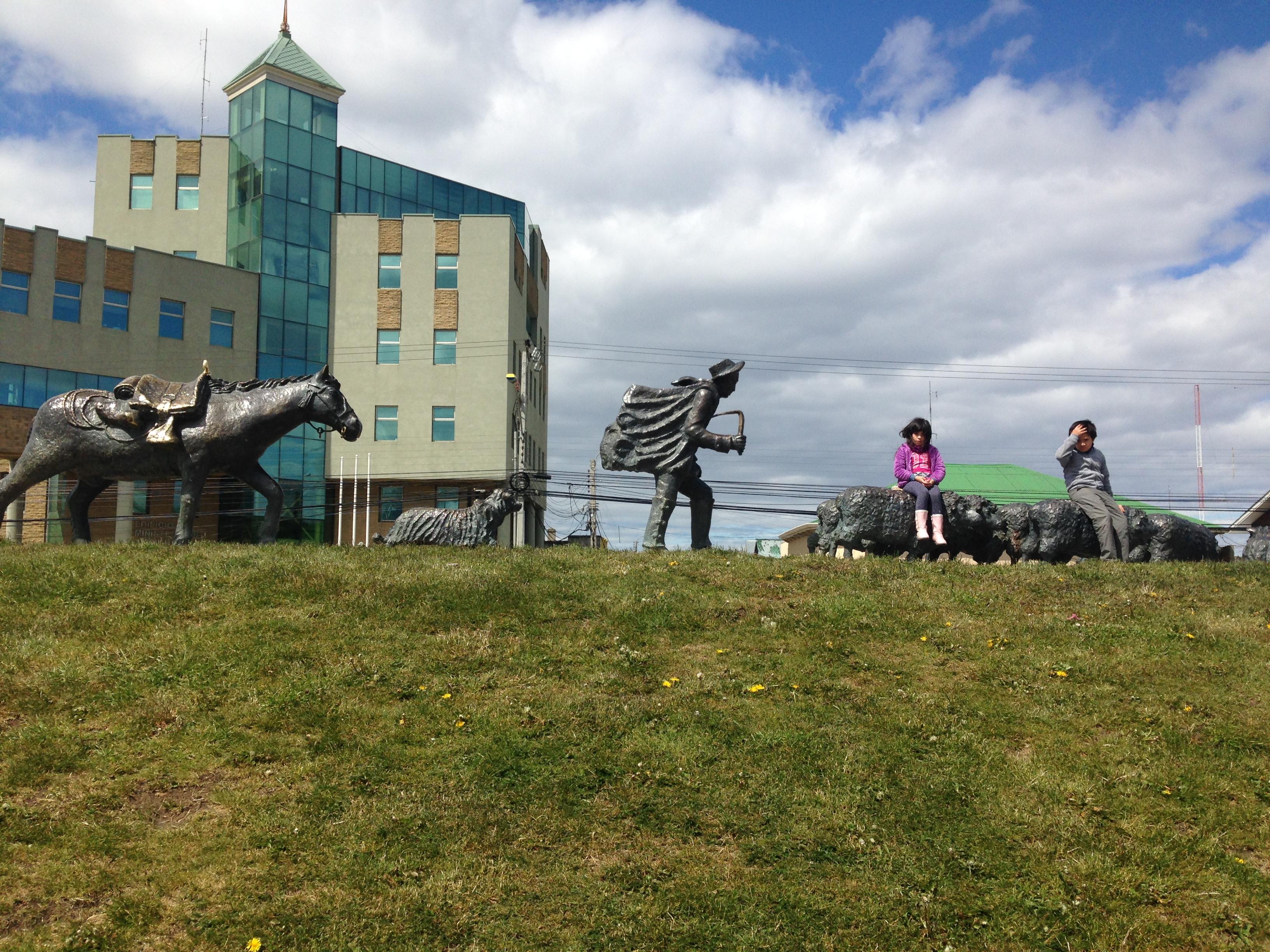Monumento al Ovejero, Punta Arenas | Mi blog de aventuras | 2016